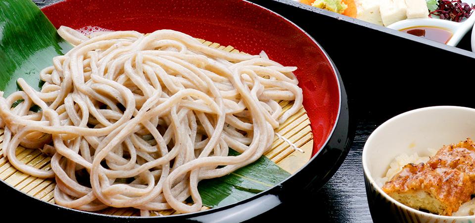 日本の心、旬の味、そして蕎麦の香り。